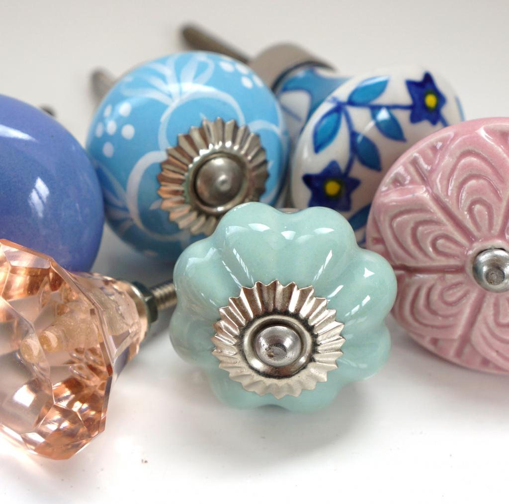 Door Knobs by Size 2.5 - 4.5cm