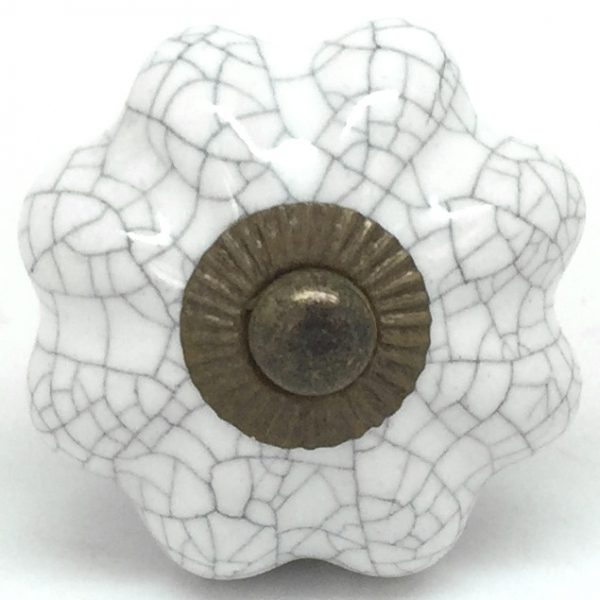 Chalk White Crackle Flower Gold CK125