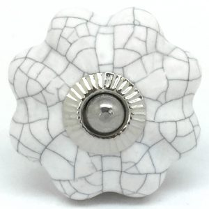 CK099 Chalk White Crackle Flower