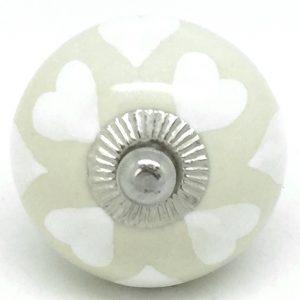 CK549 Cream with White Hearts