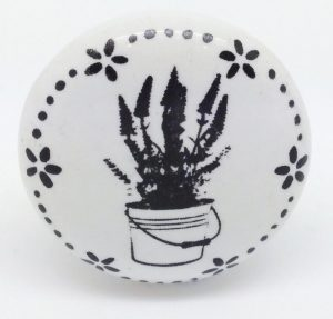 CK588 Daisy Garland Lavender Pot