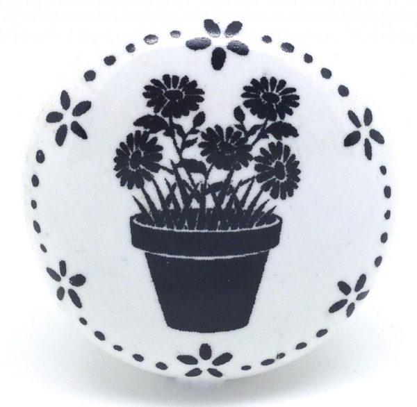 CK590 Daisy Garland Patio Pot